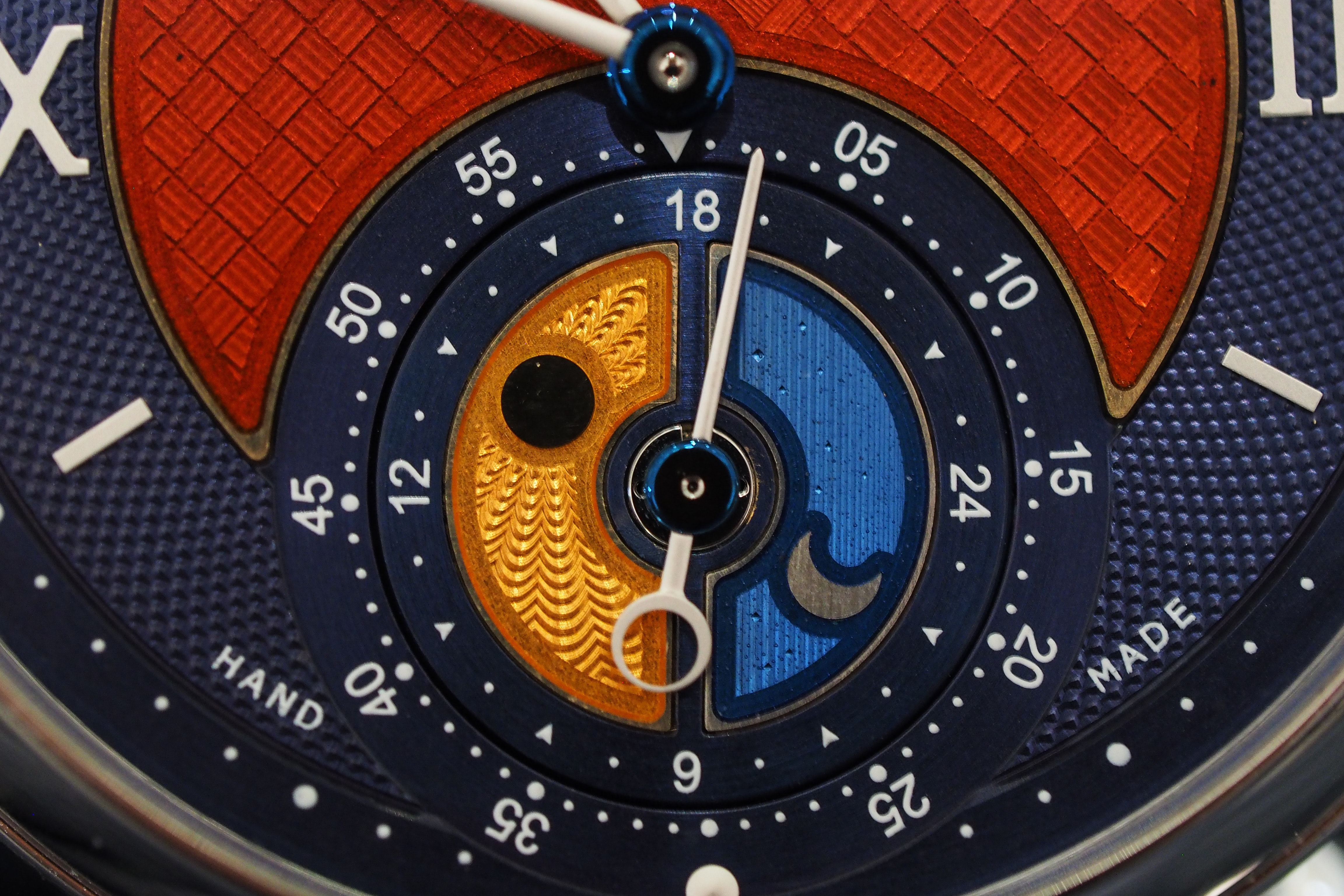 Hands-On: Kari Voutilainen's Unique Platinum GMT-6 And Burgundy Dial Vingt-8 Hands-On: Kari Voutilainen's Unique Platinum GMT-6 And Burgundy Dial Vingt-8 P1200416