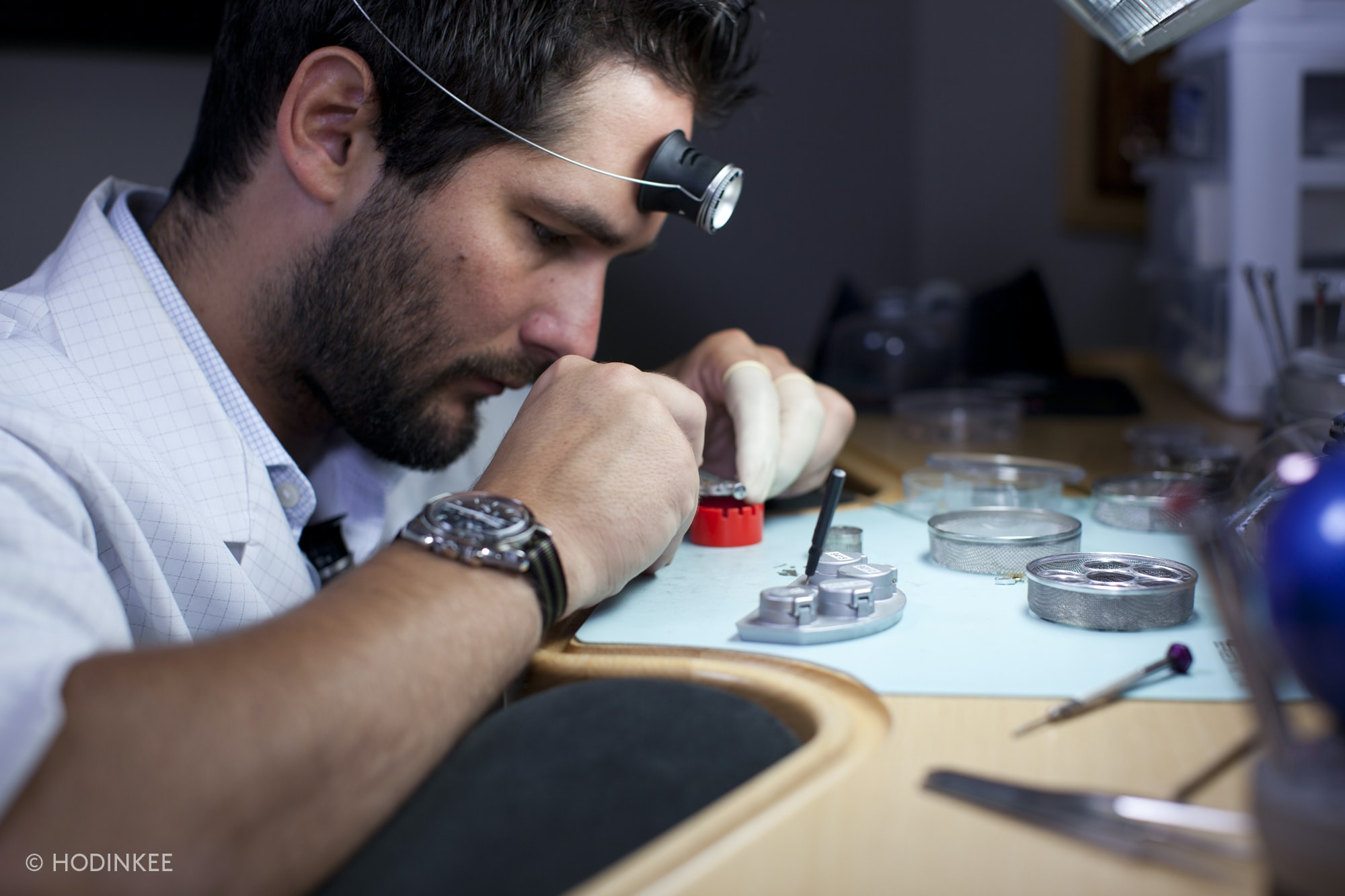 Manfredi Jewels Watchmakers VIDEO: How To Service The 234-Component Caliber 1861 Inside The Omega Speedmaster VIDEO: How To Service The 234-Component Caliber 1861 Inside The Omega Speedmaster omega speedmaster caliber 1861 16