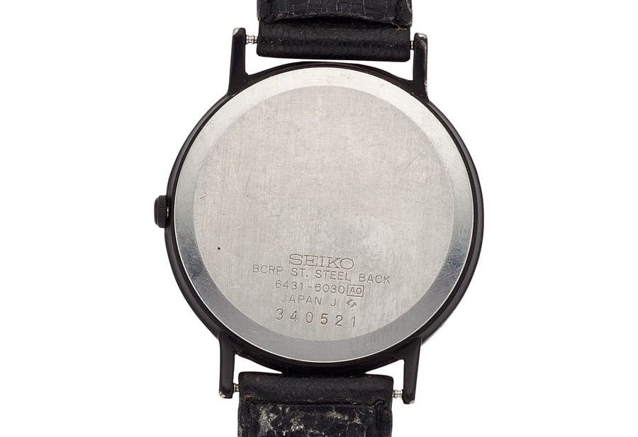 Breaking News: Watch Worn By Steve Jobs In Iconic 1984 Photo Of Apple Founder With First Mac, Just Sold At Auction Breaking News: Watch Worn By Steve Jobs In Iconic 1984 Photo Of Apple Founder With First Mac, Just Sold At Auction sj4