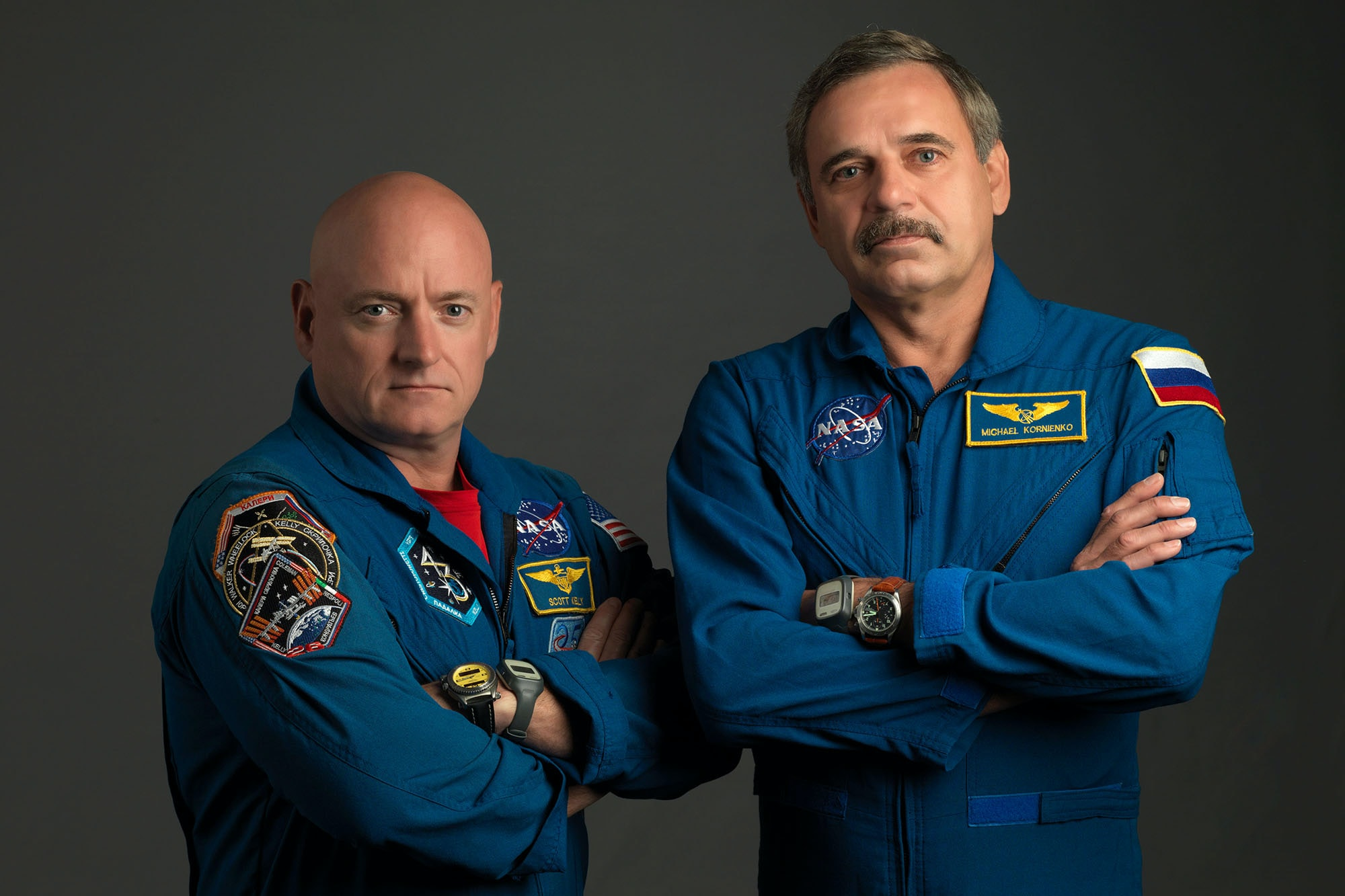 Kelly and Korniyenko with Speedmaster and Fortis Cosmonaut  The Watches Worn By NASA Astronaut Scott Kelly, Holder Of New U.S. Spaceflight Endurance Record The Watches Worn By NASA Astronaut Scott Kelly, Holder Of New U.S. Spaceflight Endurance Record 02 Scott Kelly and Mikhail Kornienko portrait   year long mission