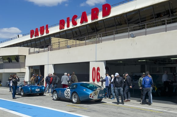 Très Vite: Track Day With Baume & Mercier, And A Quartet Of New Capeland Cobra Chronographs Très Vite: Track Day With Baume & Mercier, And A Quartet Of New Capeland Cobra Chronographs Baume Shelby35