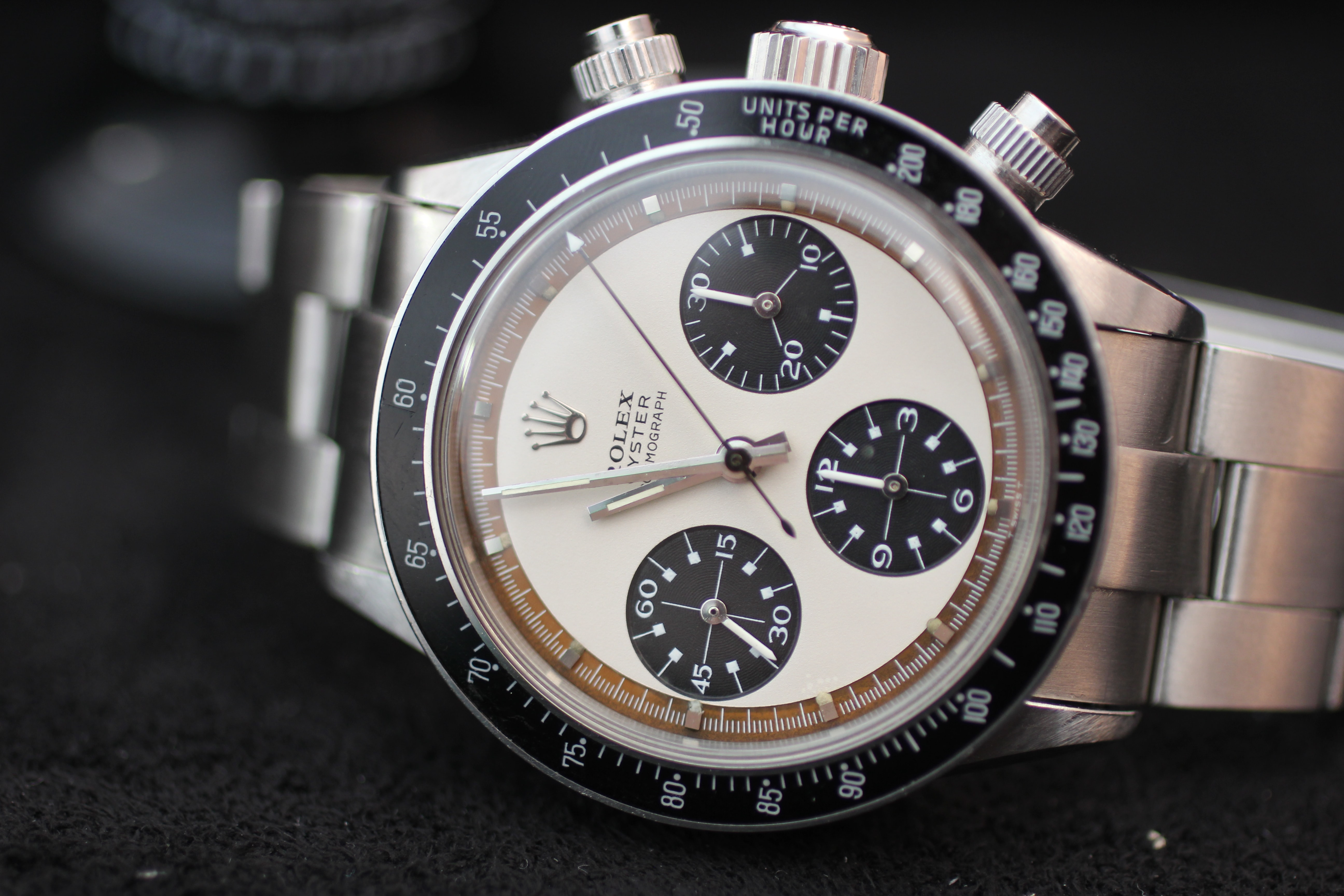 """Lot 34: Rolex Oyster Cosmograph, """"Paul Newman Panda"""" 6263; sold for CHF 929,000. Recapping The 88 Epic Stainless Steel Chronographs Sale At Phillips, A 100% Auction, With Several Massive Hits, Strong Showing From Niche Brands Recapping The 88 Epic Stainless Steel Chronographs Sale At Phillips, A 100% Auction, With Several Massive Hits, Strong Showing From Niche Brands Lot 34 Rolex Oyster Cosmograph Paul Newman Panda 6263 inside caseback stamped 6239 Stainless steel 1969"""